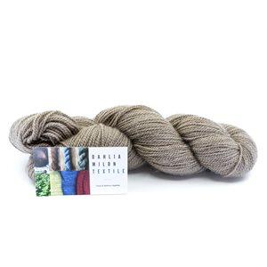 Skeins of wool, BFL, vegetable dye