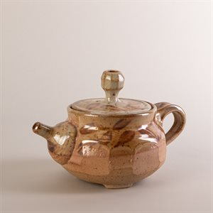 Ceramic teapot, Shino style, with gold leaf
