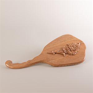 Miroir coiffeuse en noyer cendré sculpté, modèle marguerite