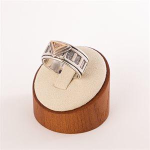 Bague en argent sterling avec pièce triangulaire en or 14K